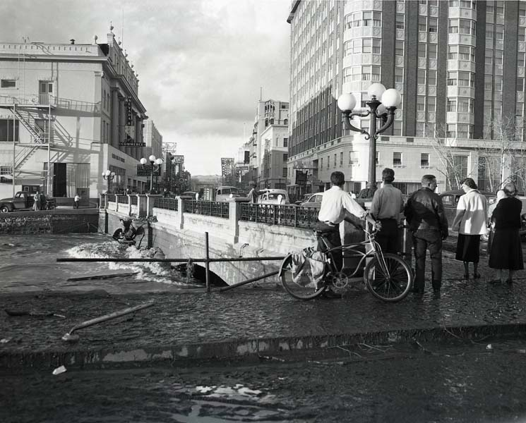 Damage to downtown Reno during the 1950 flood.